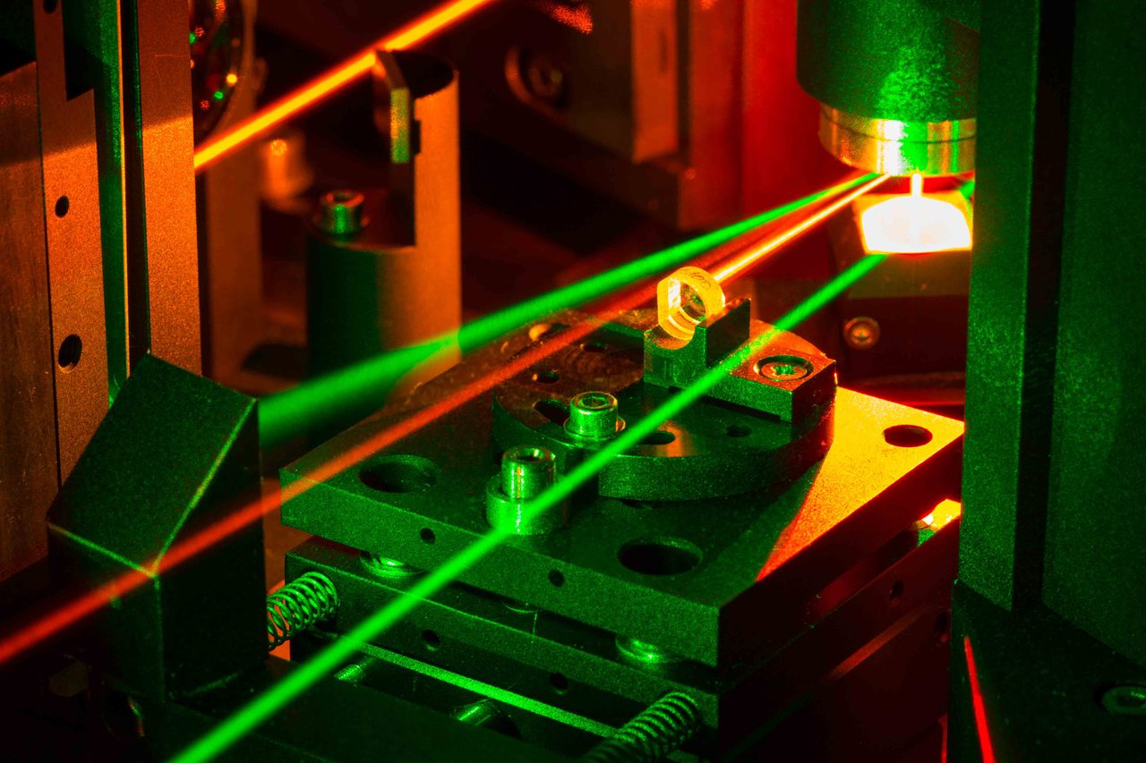 The laser is a typical instrument for the investigation of cold atoms in quantum science.