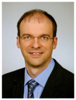 Portrait of Dr Steffen Koch