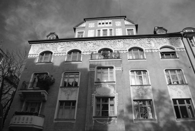 The house in Munich's Ainmillerstr. which Mohr lived in